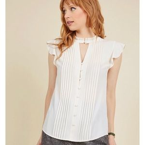 ModCloth Zeal Studies Button-Up Top in Ivory 3X